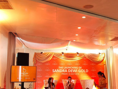 Sandra Dewi Gold x Lakuemas (July 12th, 2019)